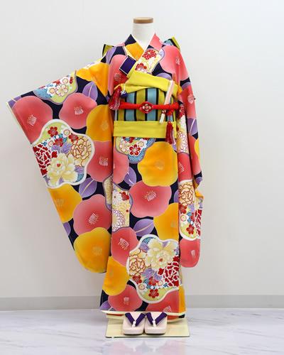 七五三衣裳(7歳・椿づくし)