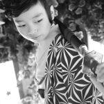 ハーフ成人(1/2成人)、カッコ良く袴を着て、お母さんと一緒に江東区の写真館で撮影