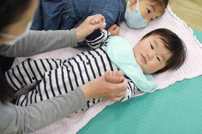 赤ちゃんマッサージ